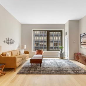October Featured Property – Spacious Studio Loft in FiDi